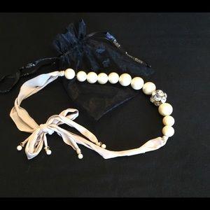 WhiteHouse/BlackMarket Necklace